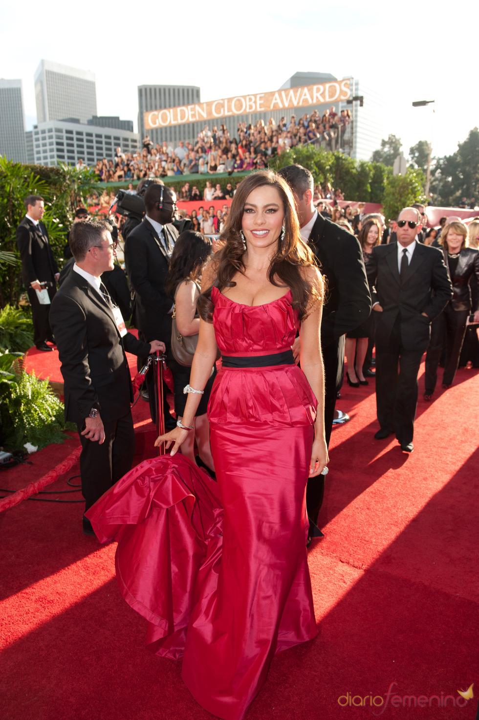 Sofia Vergara a su llegada a los Globos de Oro 2011