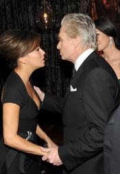 Michael Douglas y Eva Longoria en la fiesta posterior a los Globos de Oro 2011