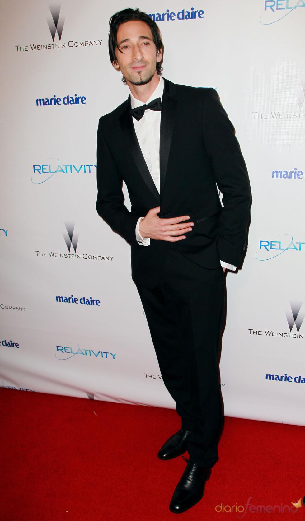 Adrien Brody en una fiesta posterior a los Globos de Oro 2011