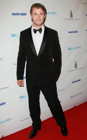 Chris Hemsworth en una fiesta posterior a los Globos de Oro 2011