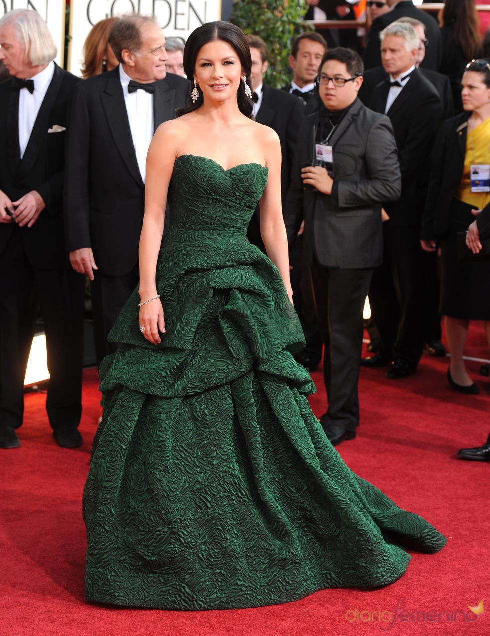 Catherine Zeta Jones en la alfombra roja de los Globos de Oro 2011