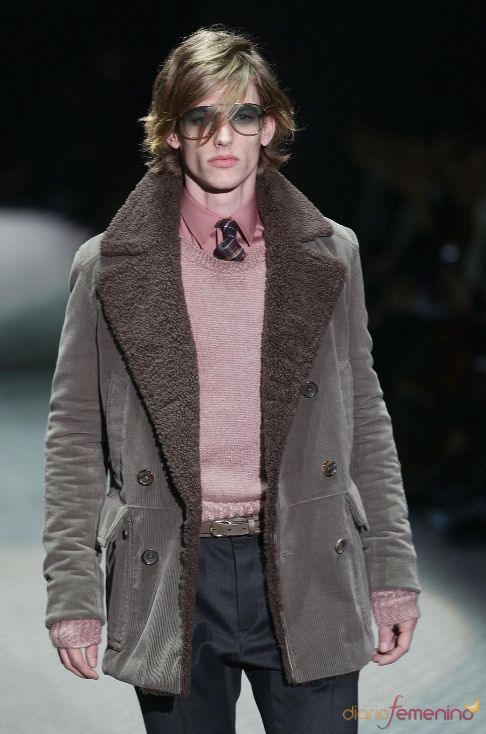 Rosa y marrón combinados a la perfección por Gucci en la MFW A/W