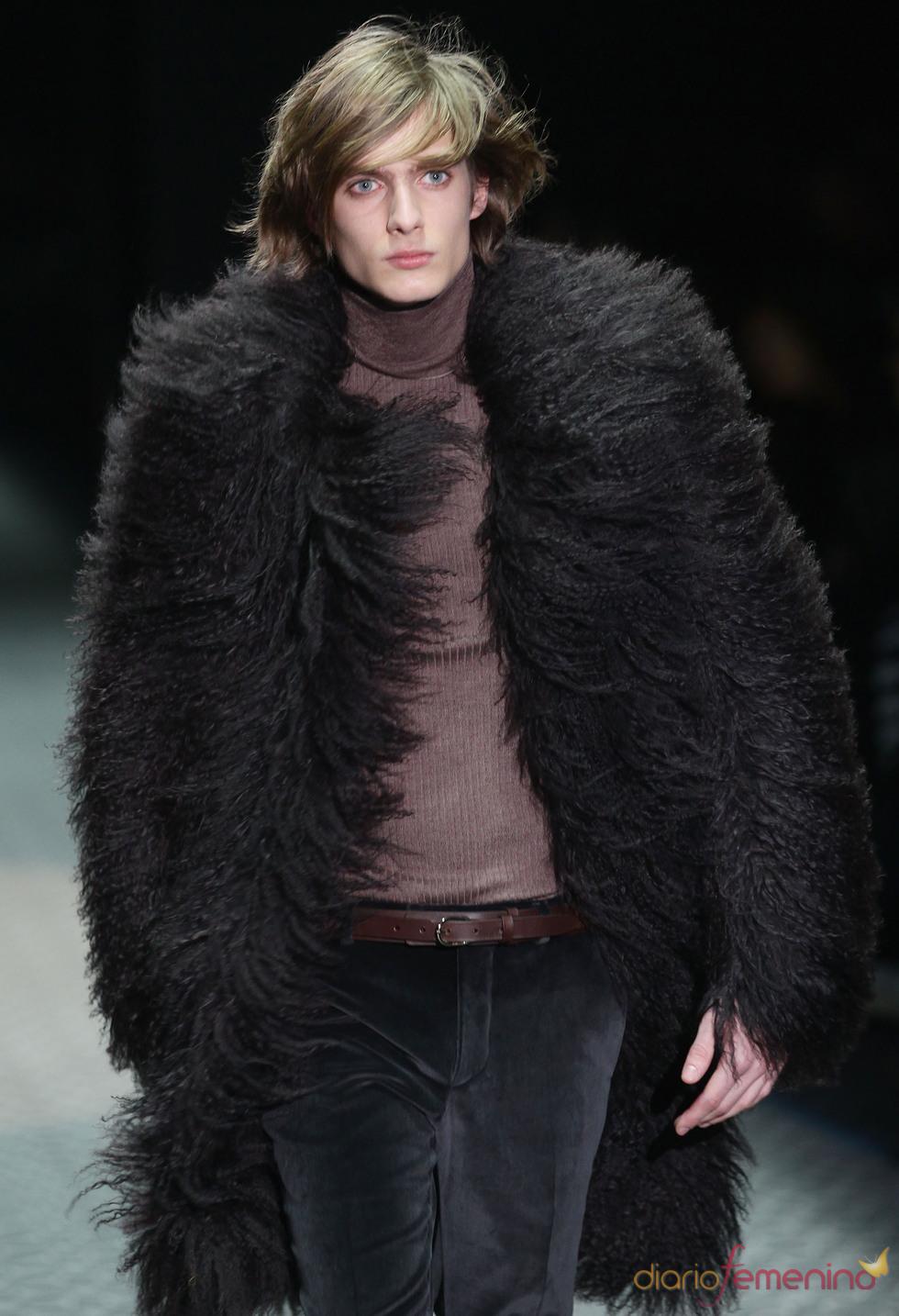 Espectacular abrigo de pieles de Gucci para la MFW A/W
