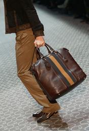 Bolso en marron y camel de Gucci en la MFW A/W