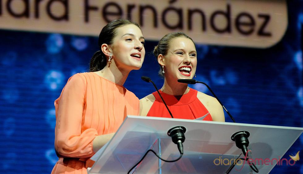 María Valverde y Manuela Velles, presentadoras de lujo