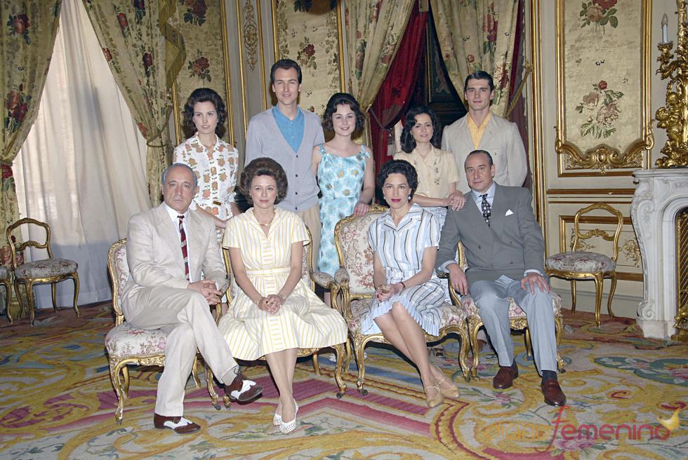 Roberto Álvarez, Jorge Suquet, Nadia de Santiago, Emma Suárez, Juajo Puigcorbe y Yon González en 'Sofía'