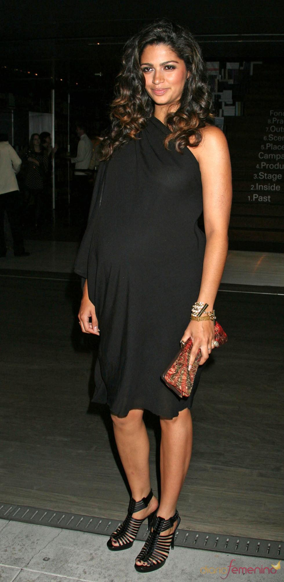 Camila Álves embarazada de Matthew McConaughey