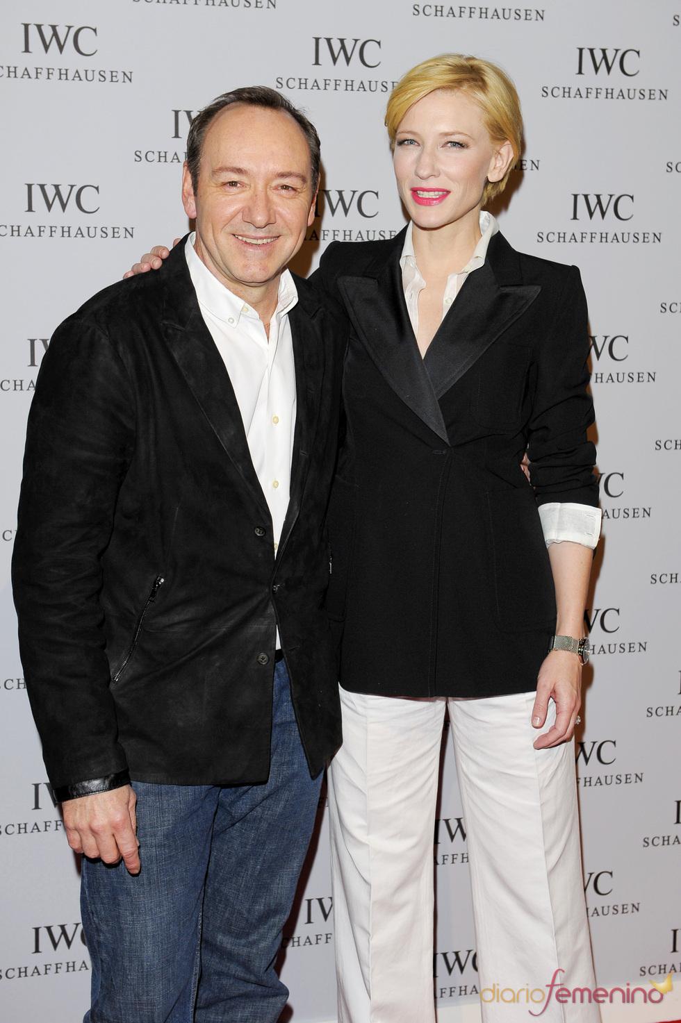 Kevin Spacey y Cate Blanchett  en el Salón Internacional de la Alta Relojería