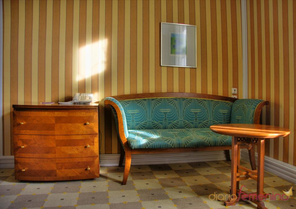 Diván de madera estilo vintage