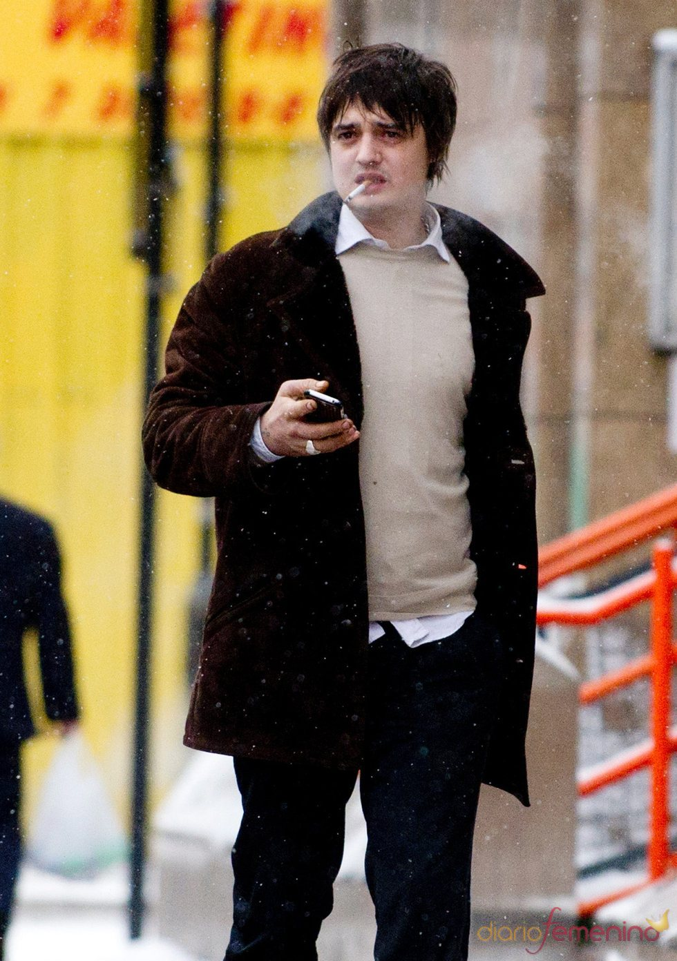 Pete Doherty, entre el grupo de famosos fumadores