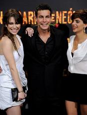 Blanca Suárez, Macarena Gomez y Mario Casas en la presentación de 'Carne de Neón'