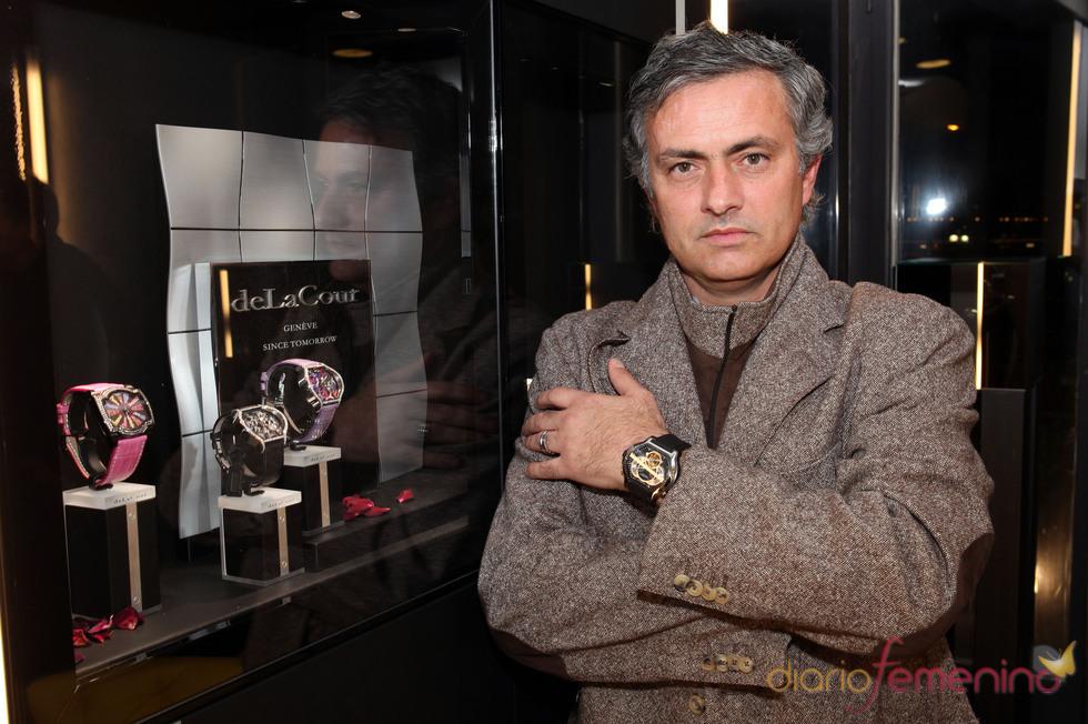 José Mourinho, muy sensual es un anuncio de relojes