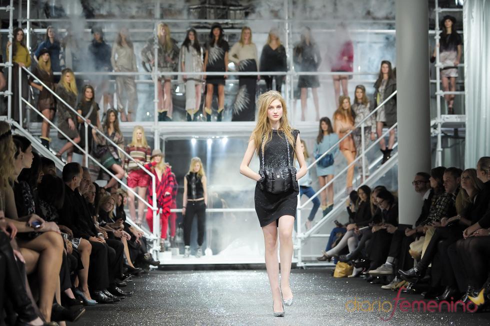 Magnífica puesta en escena de Escada durante la Berlín Fashion Week 2011