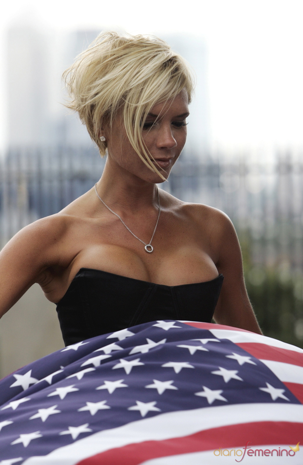 Victoria Beckham da el do de pecho por América