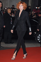 Mylene Farmer en los NRJ Music Awards 2011
