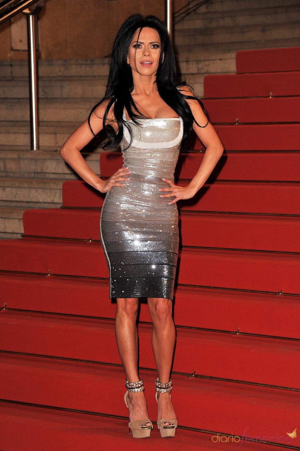 Inna en los NRJ Music Awards 2011