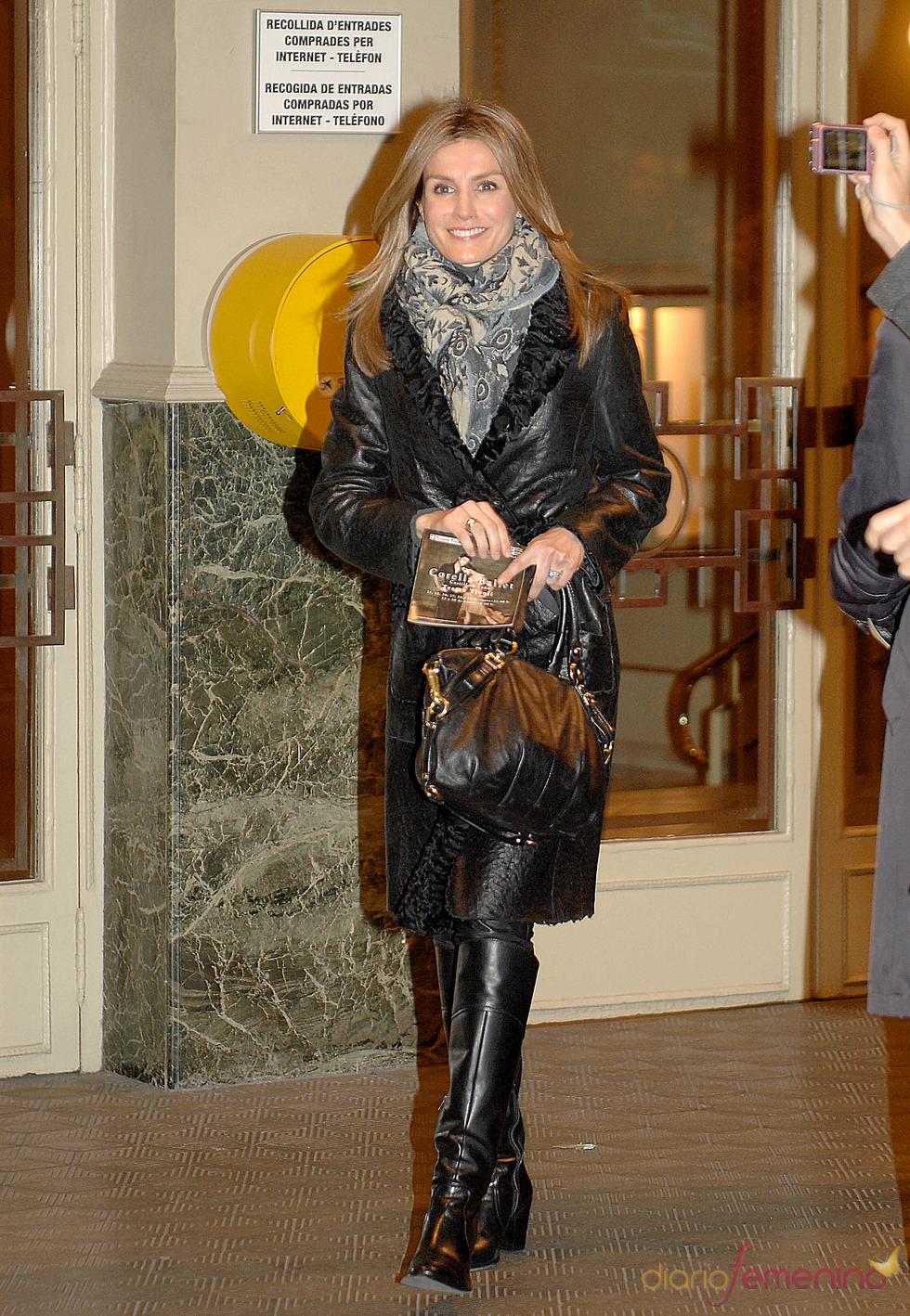 Letizia Ortiz asiste al espectáculo de danza de Ángel Corella en Barcelona