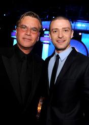 Aaron Surkin y Justin Timberlake en los Annual Producers Guild Awards 2011