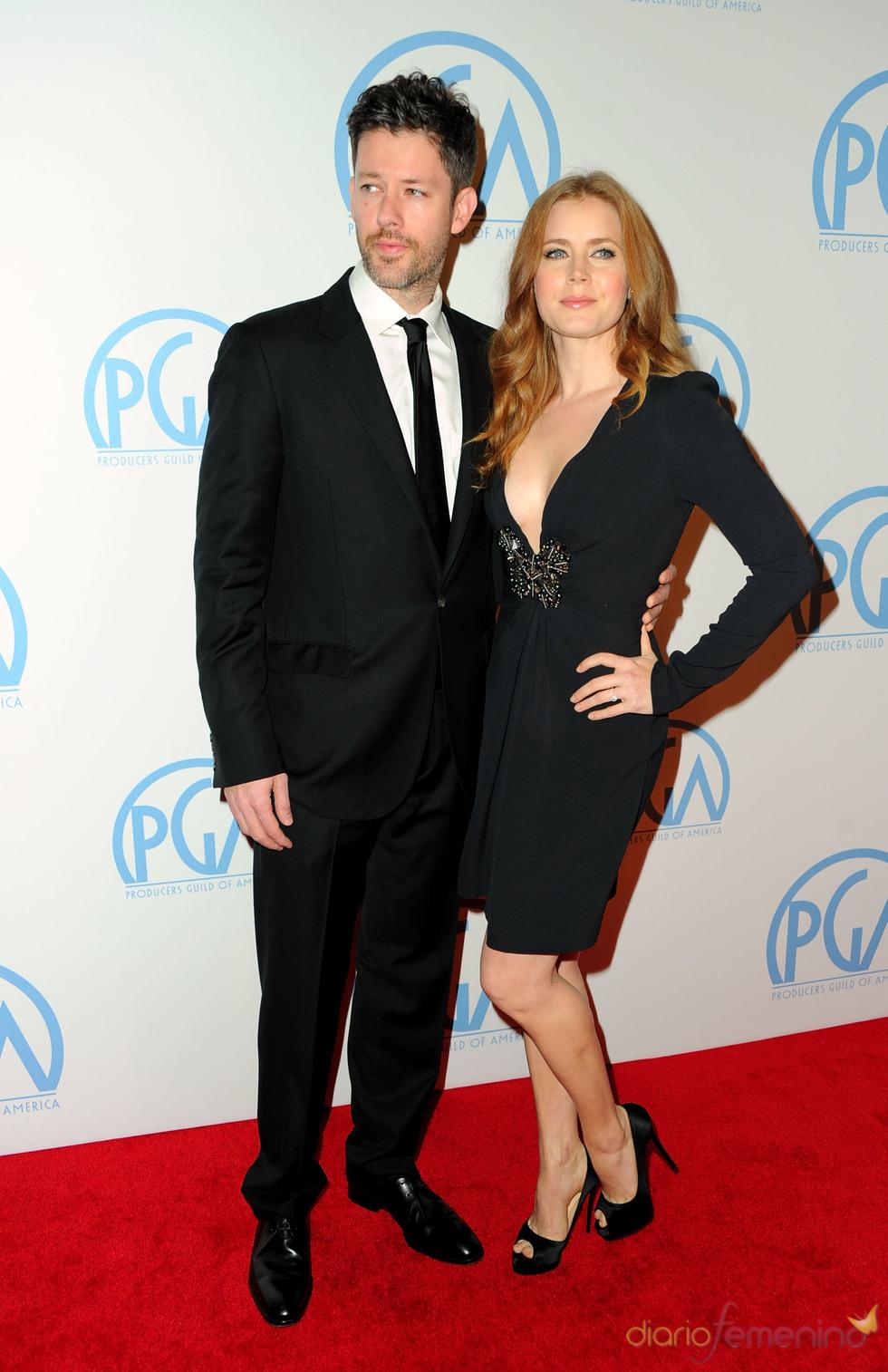 Amy Adams y Darren DeGallo en los Annual Producers Guild Awards 2011