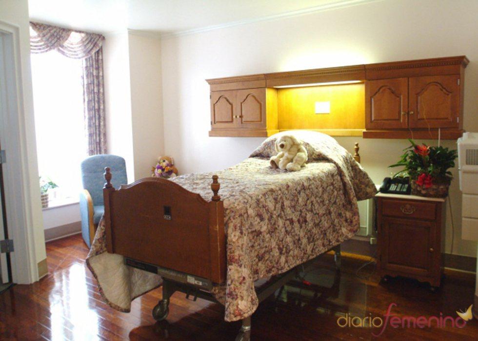 La cama de la habitación de Penélope Cruz y su hijo