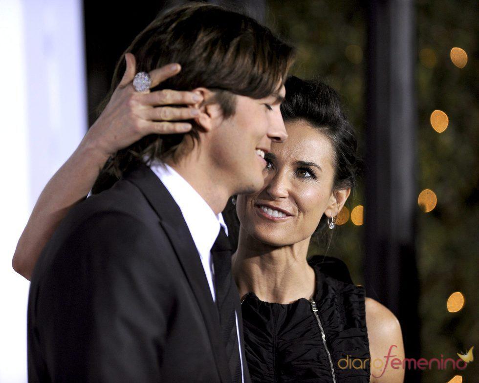 Demi Moore y Asthon Kutcher muy cómplices en el Festival de Cine Sundance 2011