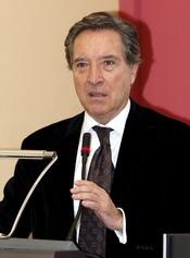 Iñaki Gabilondo, micrófono de Oro 2011 por su trayectoria