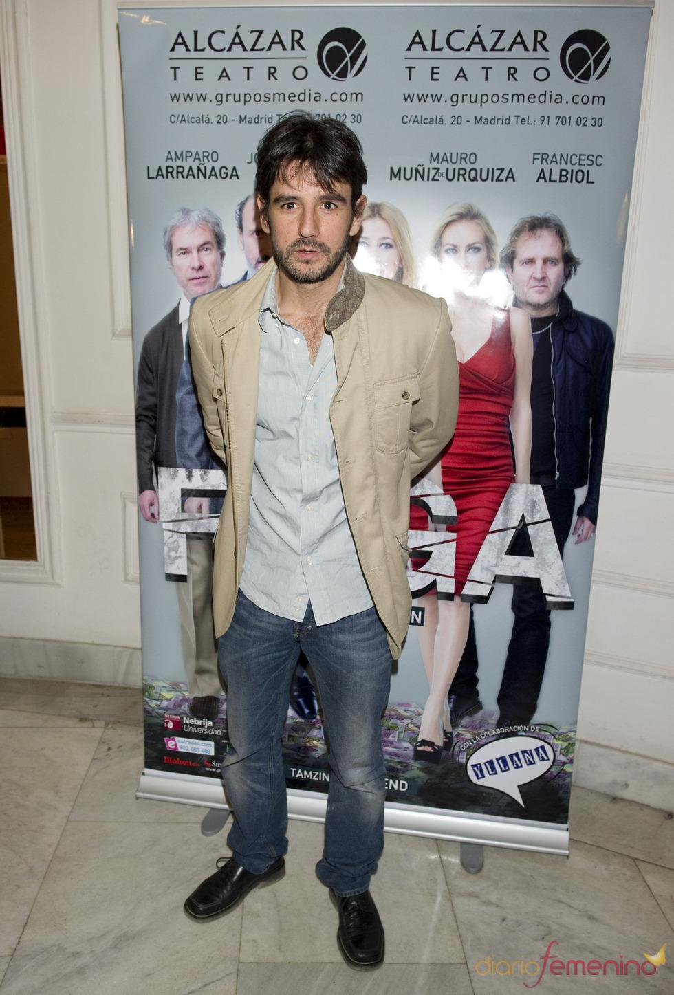 Antonio Hortelano acude al estreno de la obra de teatro 'Fuga'