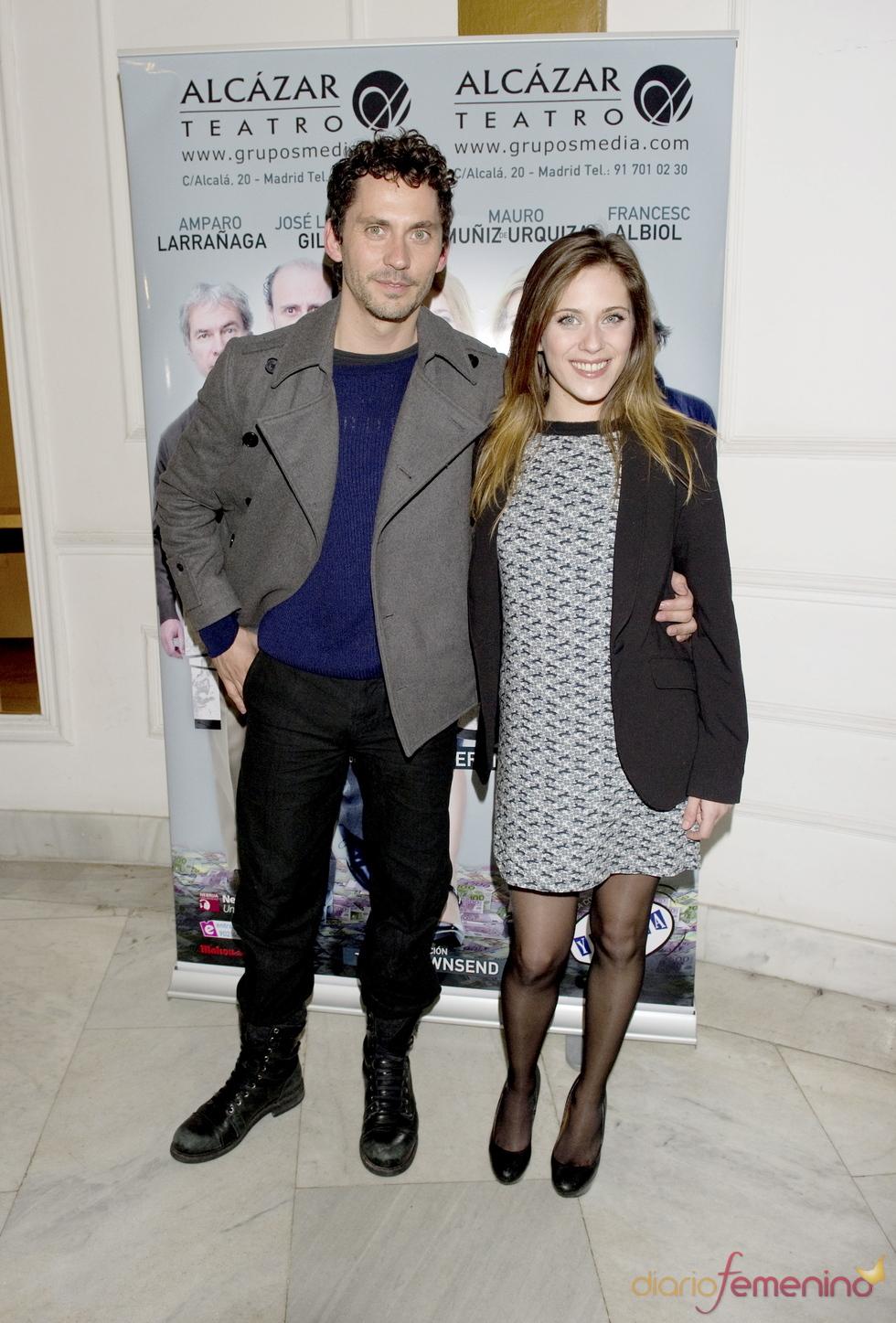 Paco y María León acuden al estreno de la obra de teatro 'Fuga'