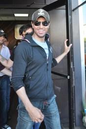 Enrique Iglesias inicia una gira mundial de conciertos