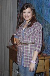 Andrea Ros es Nata en 'Buen agente'
