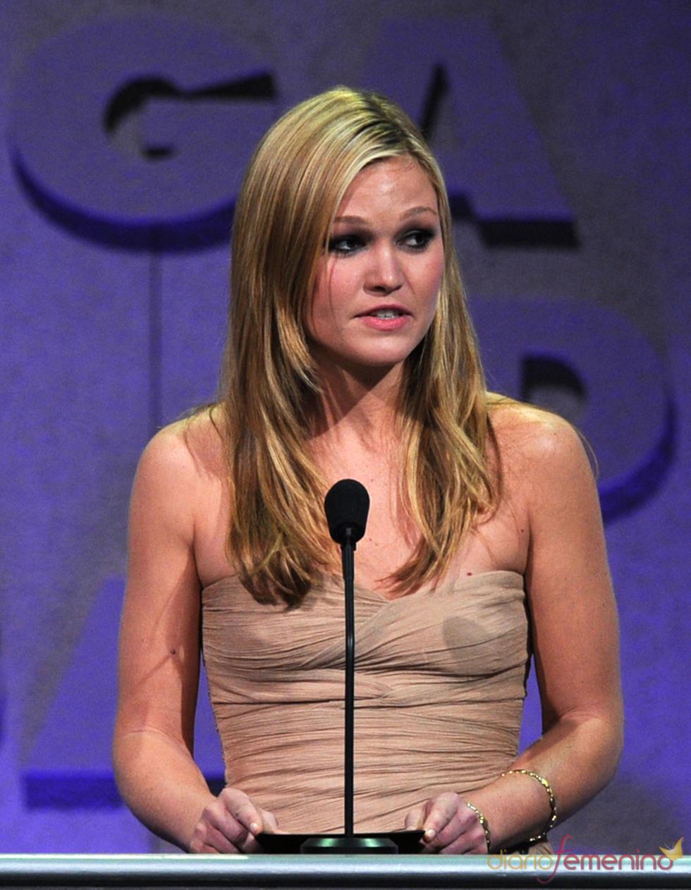 Julia Stiles en los Premios del Sindicato de Directores 2011