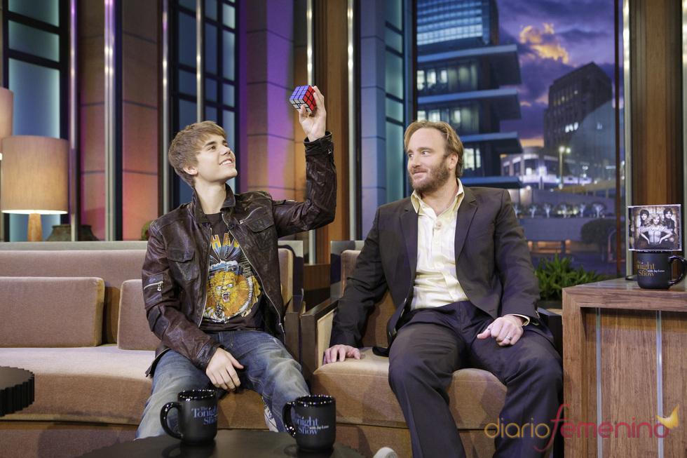 Justin Bieber visita el programa 'Tonigh Show' de Jay Leno