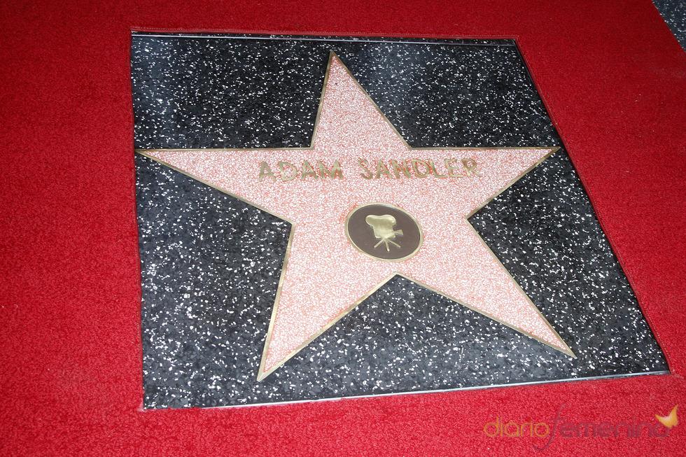 Adam Sandler ya tiene una Estrella