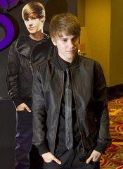 Justin Bieber, posa ante los medios