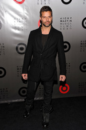 Ricky Martin posando antes de un concierto