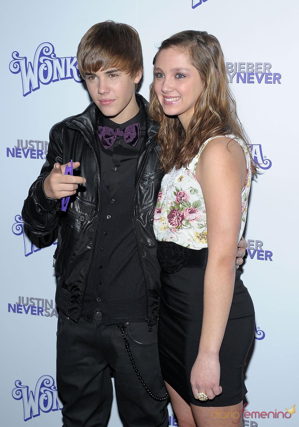 Justin Bieber con Lynsey Mickolas en la presentación de 'Never say never'