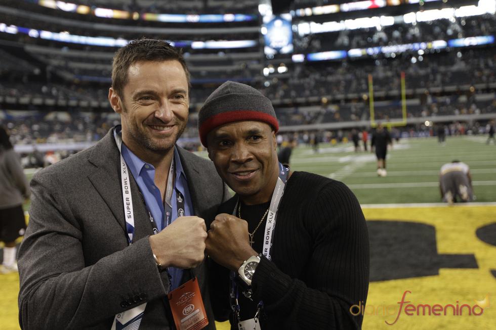 Hugh Jackman y Sugar Ray en la Superbowl