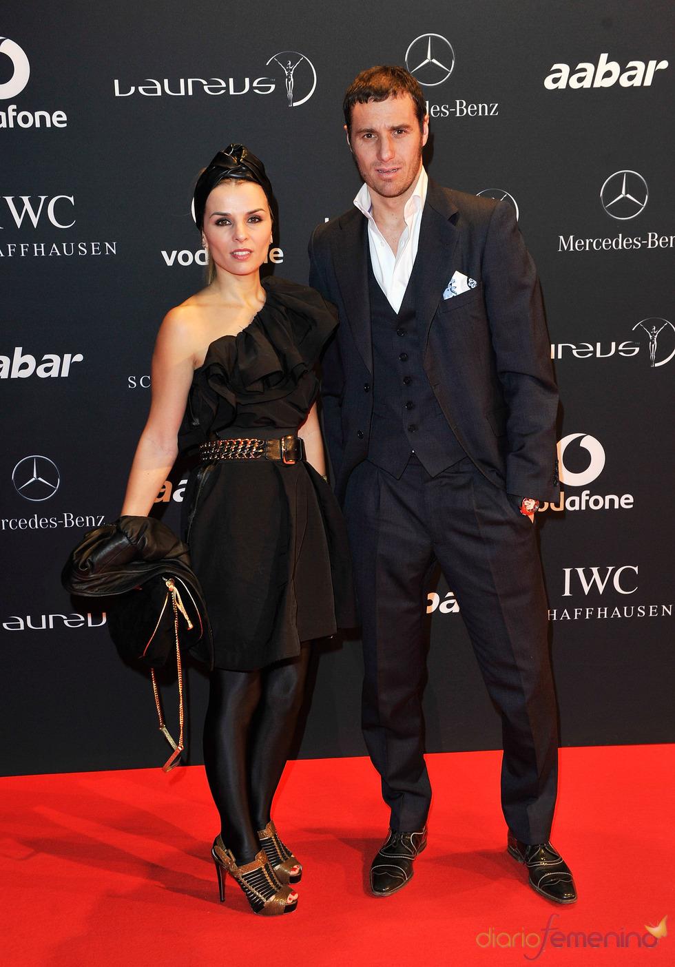 El futbolista Ivan Helguera y su pareja en la Laureus Welcome Party
