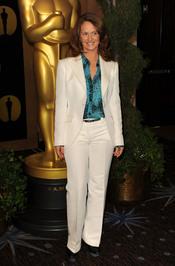 Melissa Leo en el almuerzo de los nominados a los Oscar 2011