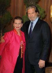 Susan y Jeff Bridges en el almuerzo de los nominados a los Oscar 2011