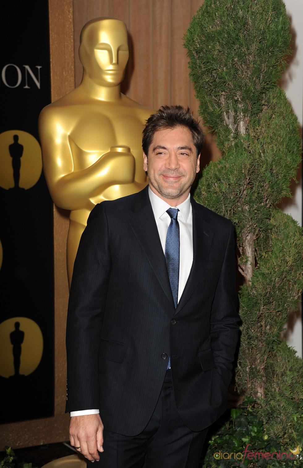 Javier Bardem en el almuerzo de los nominados a los Oscar 2011