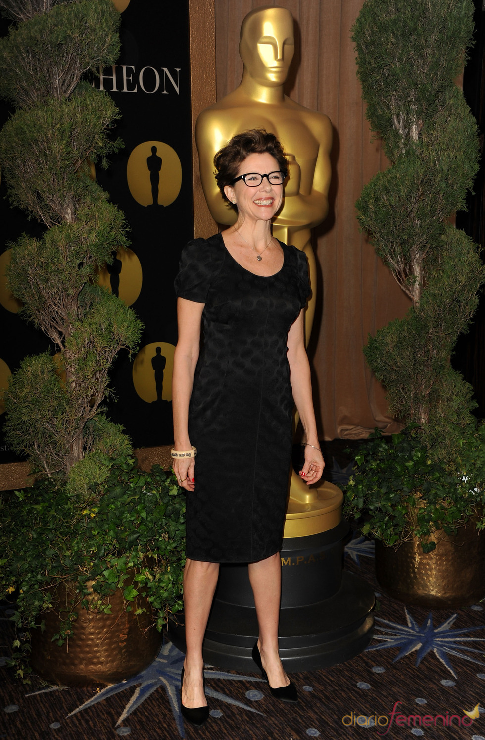 Annette Bening en el almuerzo de los nominados a los Oscar 2011