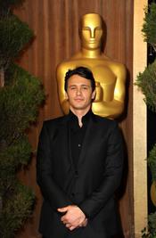 James Franco en el almuerzo de los nominados a los Oscar 2011
