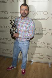 Jorge Javier con su premio Estrella de la Prensa 2011