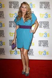 Paulina Rubio en el unplugged de la MTV de 'Los Tigres del Norte'
