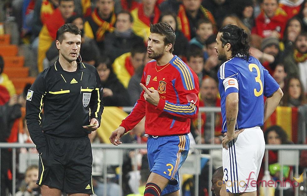 Gerard Piqué en un partido de España