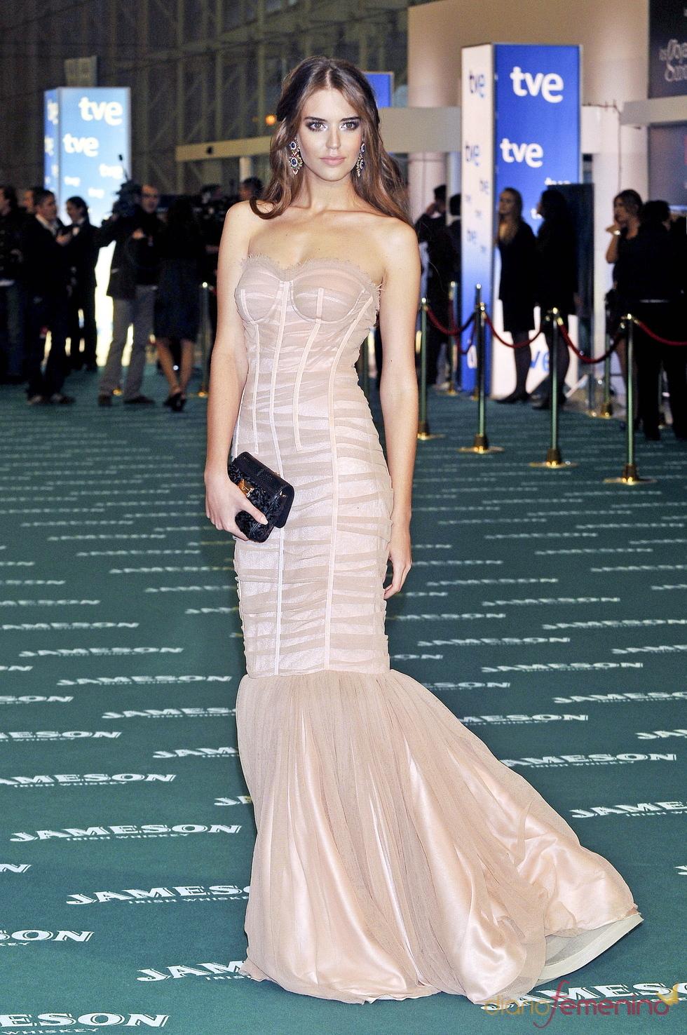 La modelo Clara Alonso en los premios Goya 2010