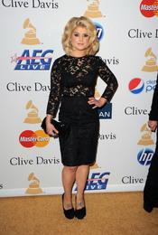 Kelly Osbourne en la fiesta previa a los Grammy 2011