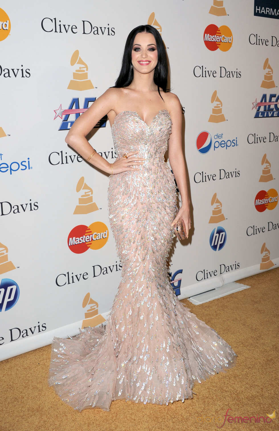 Katy Perry en la fiesta previa a los Grammy 2011