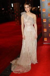 Emma Watson en la alfombra roja de los Bafta 2011